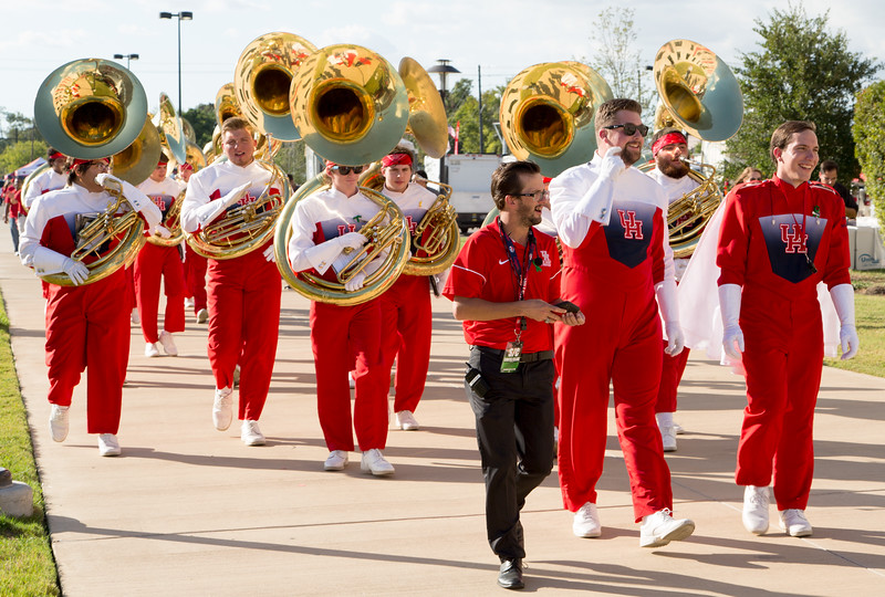 Ah! The tubas greet us as we reach the stadium.