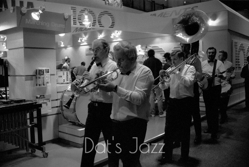 ALLAN ELSDON JAZZ BAND  (87/5203)