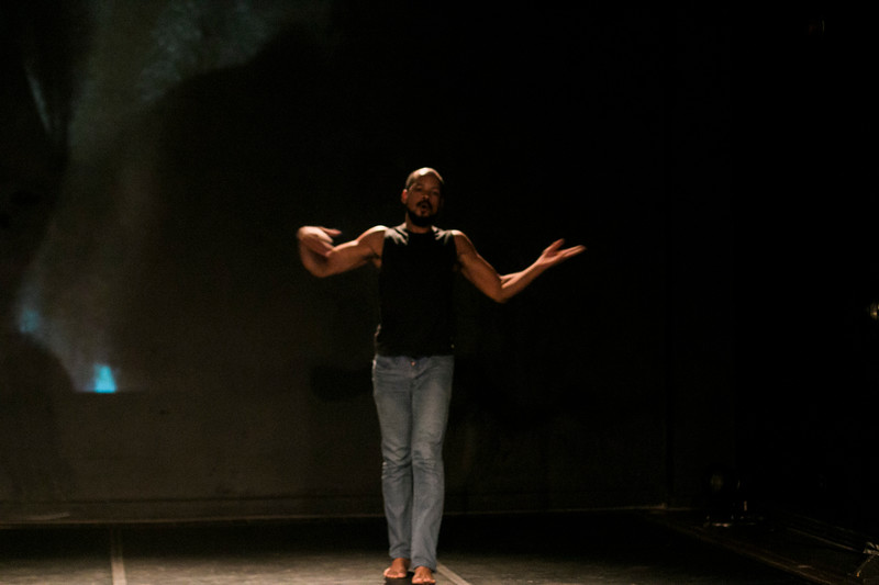 Allan Bravos - Lentes de Impacto - Teatro-647.jpg