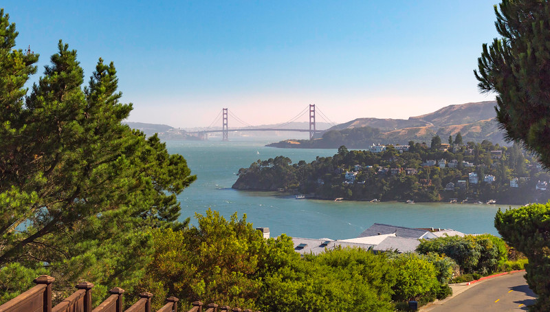 Golden Gate Bridge on a Clear Day. Tiburon.