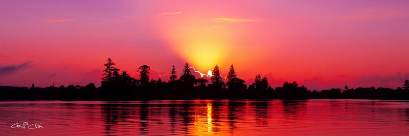Magenta Sunrise over Water.  Art photo digital download and wallpaper screensaver. DIY Print.