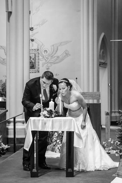 Jennie & EJ Wedding_00272-BW.jpg