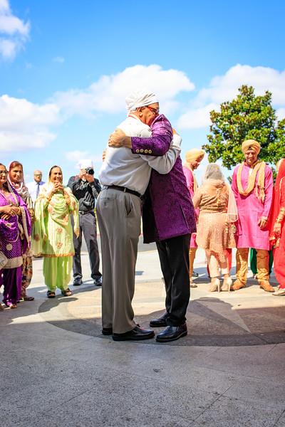 Neelam_and_Matt_Gurdwara_Wedding-1250.jpg