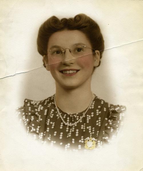 Ruth 19430071.jpg
