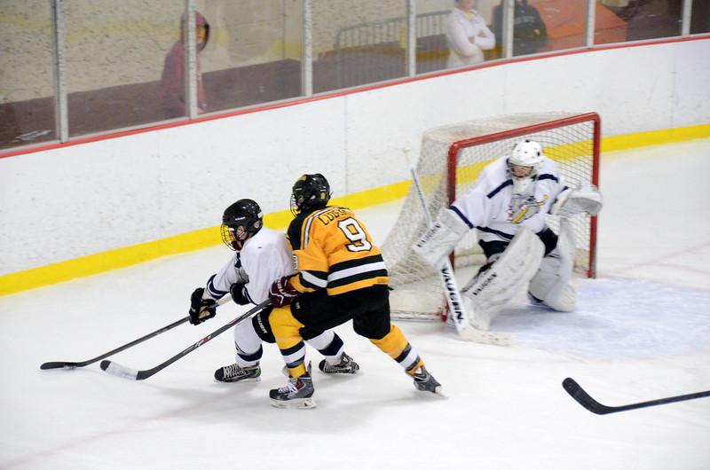 141004 Jr. Bruins vs. Boston Bulldogs-035.JPG