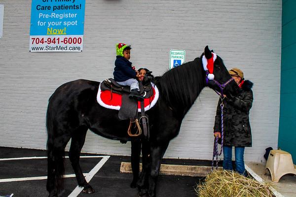 Keith Clinic Santa outside 12.8