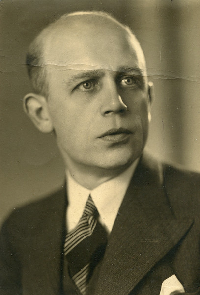 Anton Henning.jpg