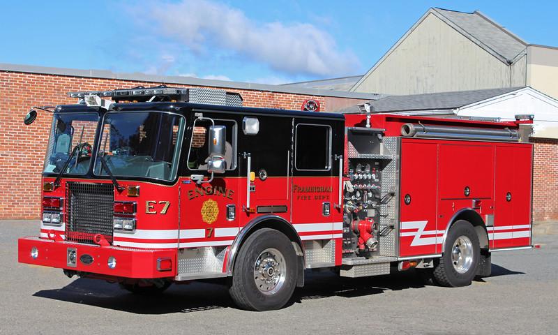 Engine 7 2010 KME 1500 / 750