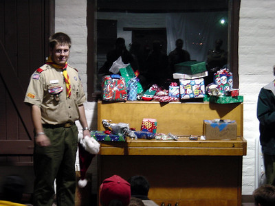12/22/2003- Troop Holiday Meeting and Gift Wrap