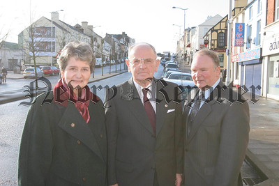 South Down UKUP candidate Nelson Wharton (centre) with his wife Barbra and election agent David Graham. 07-100-07.