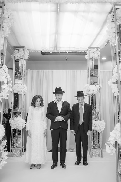 Miri_Chayim_Wedding_BW-530.jpg