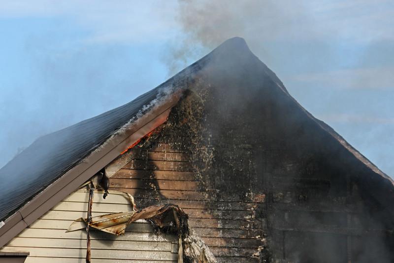 lawrence fire 62137.jpg