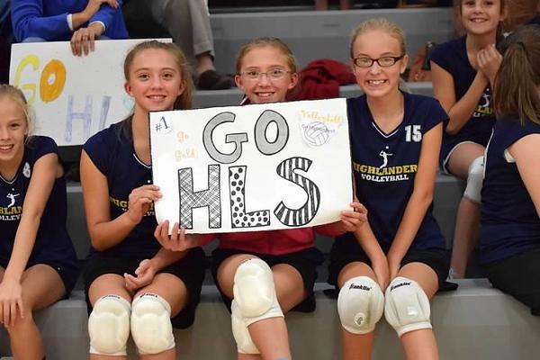 volleyball chicas.jpg