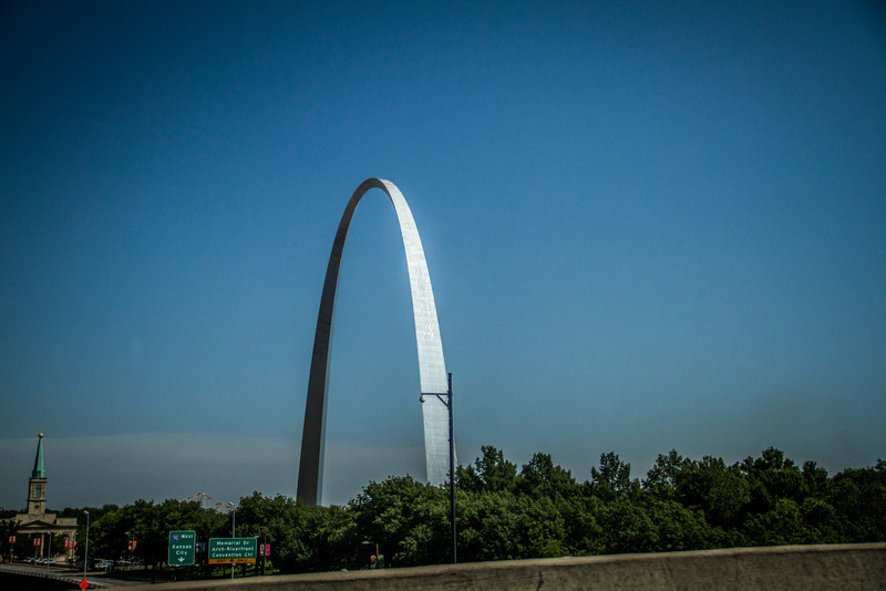 Heading to Ozarks..St Louis Arch