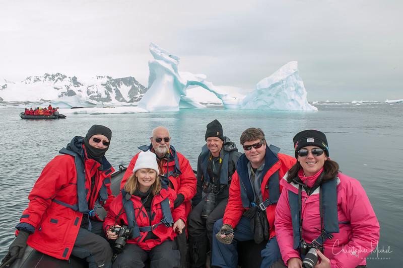 icebergs pleneau island_d3x_20130106_8387.jpg