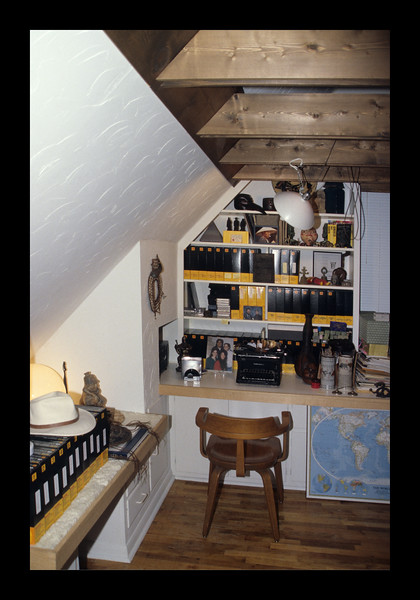 39. Shelving and built-ins in Study-Bedroom.jpg