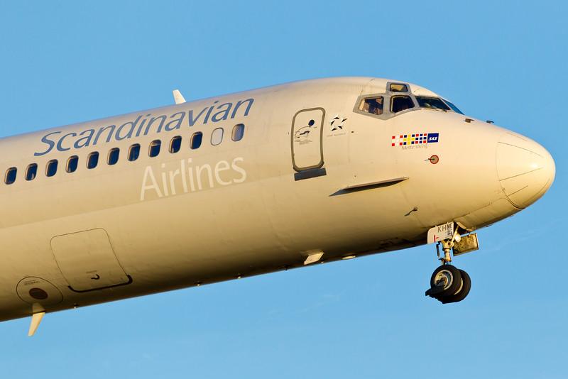 OY-KHM-MD-82-SAS-CPH-EKCH-2011-10-15-_O7F6514-DanishAviationPhoto.jpg