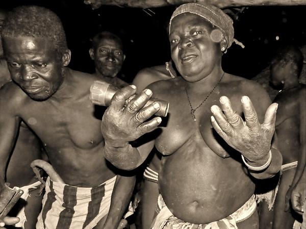 Camerun 2016 - La sensualidad de los Dupá de las montañas
