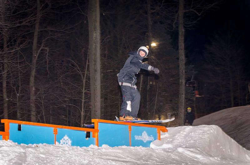 Nighttime-Rail-Jam_Snow-Trails-12.jpg
