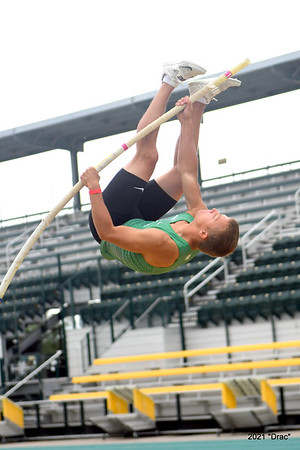 Baylor Pole Vault 4-16 and 17-2021