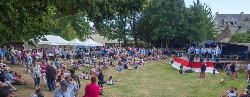 Festival in Loctudy