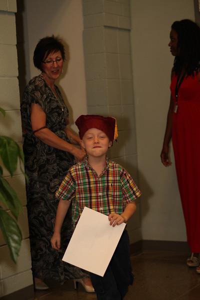 2012May18_MTA Kinder Grad_9808.JPG