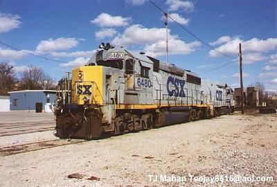 CSX GP40-2 and RDMT