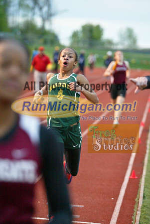 2014 MHSAA Region 3-1 G1600m Relay