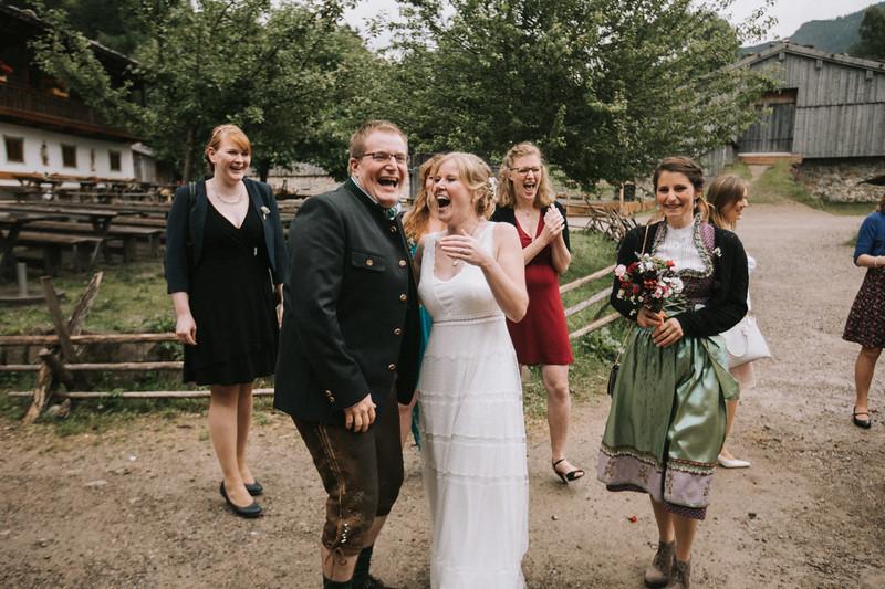 Bayerische-Hochzeit (195).jpg