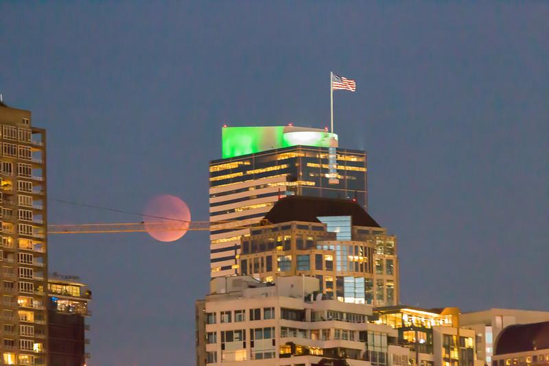 2015-09-27-moon-lunar-eclipse-seattle-2.jpg