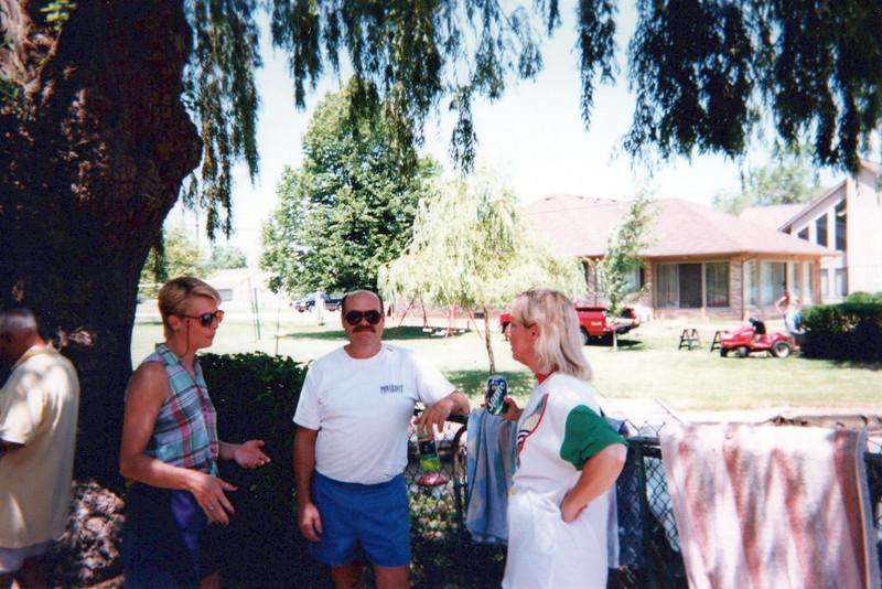 1999 Becky and Dave Mudge and Sandy.jpeg