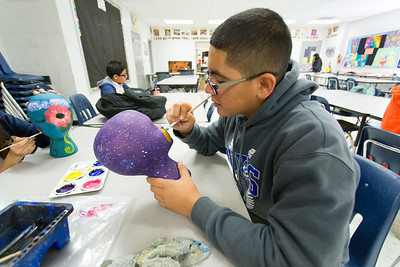 Sun Ridge Middle School decorates heads for Rio Grande Cancer Foundation