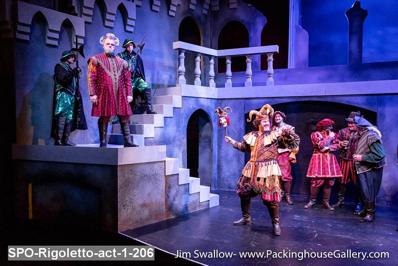 SPO-Rigoletto-act-1-206.jpg