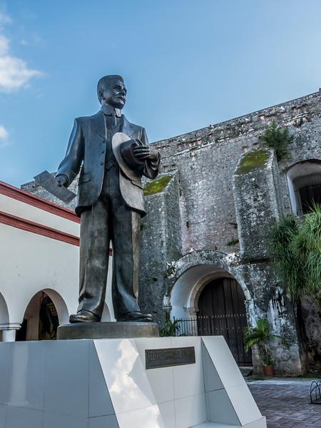felipe carrillo puerto statue.jpg