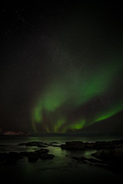 Aurora Reflecting