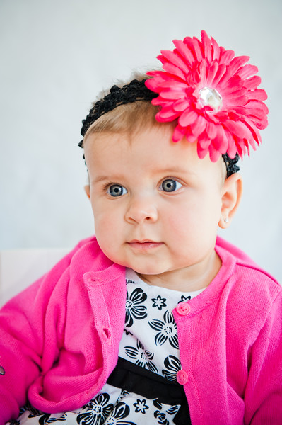 Lily at 6 months-4797.jpg