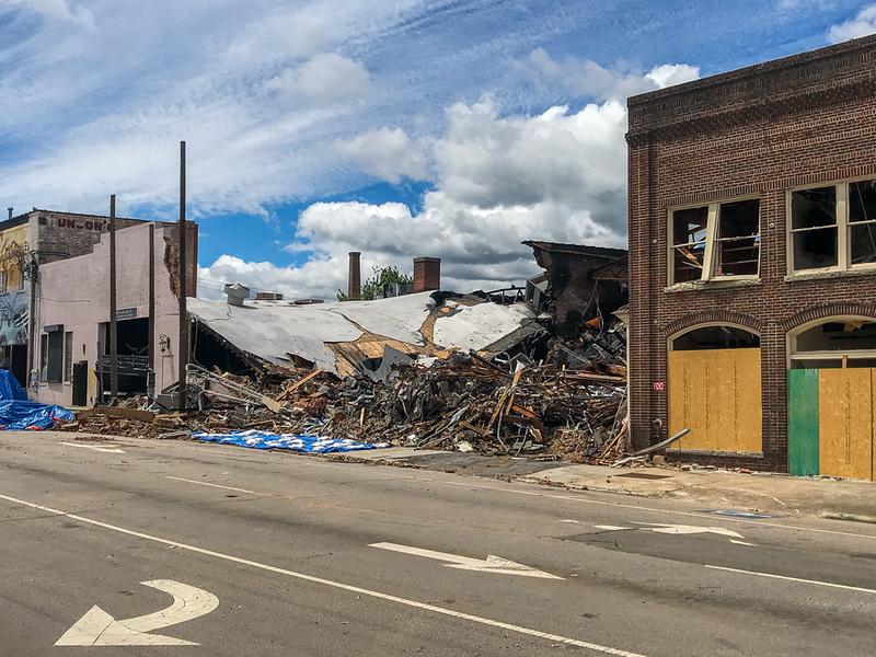 2019-04-21-durham-explosion-site-phone-mjl-015.JPG