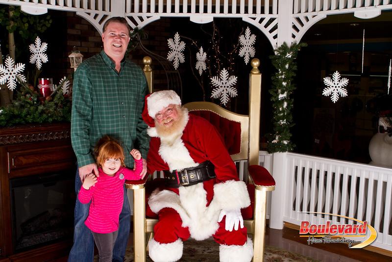 Santa Dec 15-332.jpg