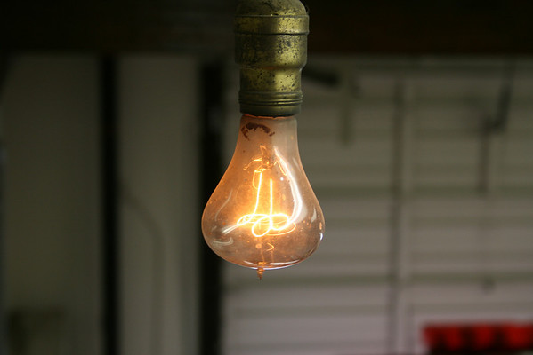 2001 Centennial Bulb Newer Pictures