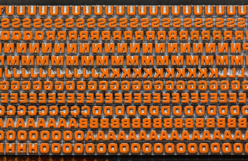 Microgramma bold