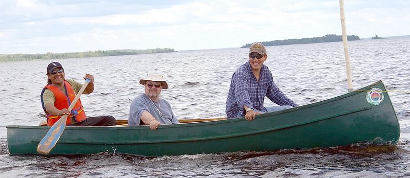 IMGP2985_canoes_flags_2_resize.jpg
