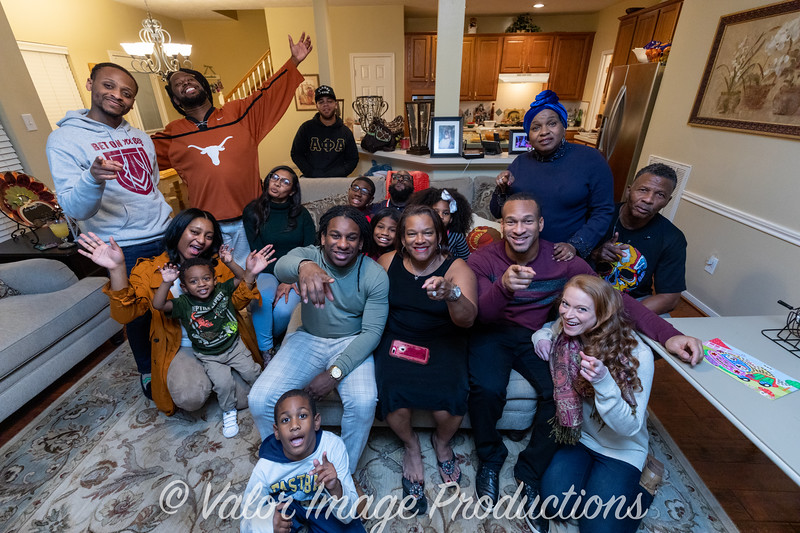 ©2019 Valor Image Productions Thankgiving Eve-14584.jpg