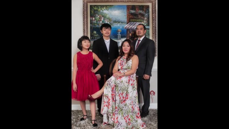 Anh Khoa và Chị Thu's Family Pictures...