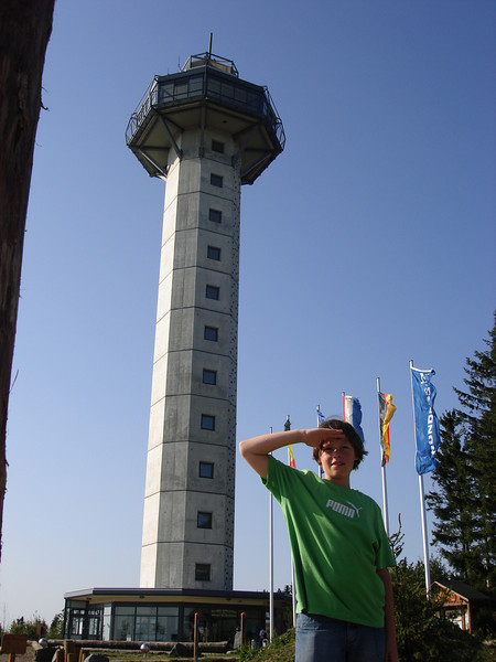 de Hochheidetoren (59 m), het hoogste uitzichtsplatform van Noordwest-Duitsland gebouwd in het najaar van 2002