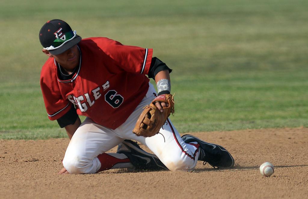 . Etiwanda (red) vs Glendora (black) varsity boys baseball Friday, May 3, 2013, at Etiwanda High School in Rancho Cucamonga. Jennifer Cappuccio Maher/Staff Photographer