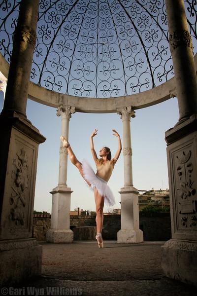 Valeria Scalisi - Classical Ballerina