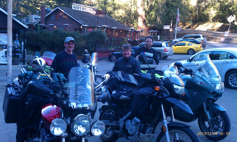 Breakfast at Alice's Restaurant in Woodside CA with rider friends Ralph and Regina.