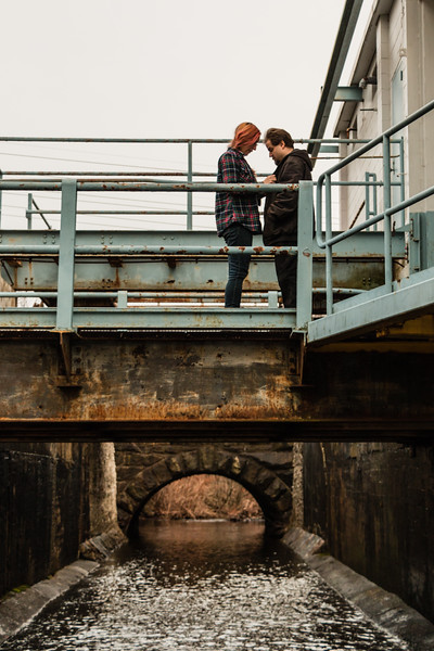 Ange & Randal By the Canal-6.jpg
