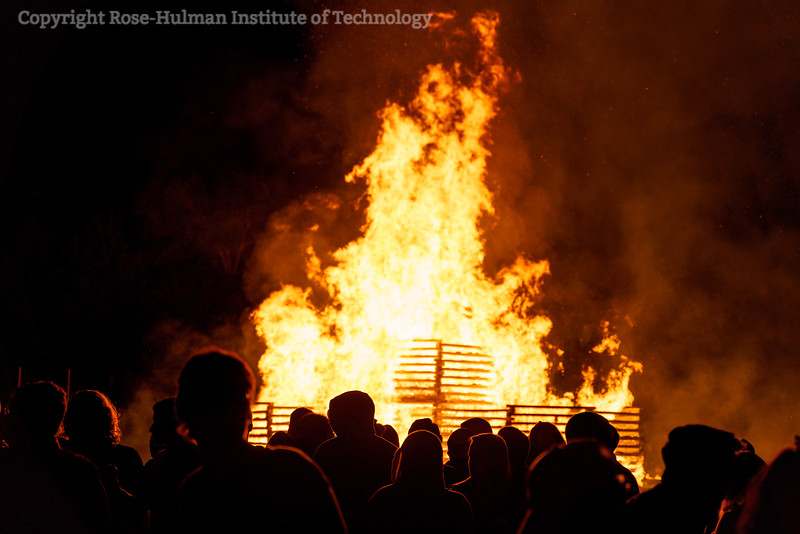 RHIT_Homecoming_2019_Bonfire-7557.jpg