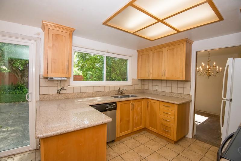 DSC_4485_kitchen.jpg
